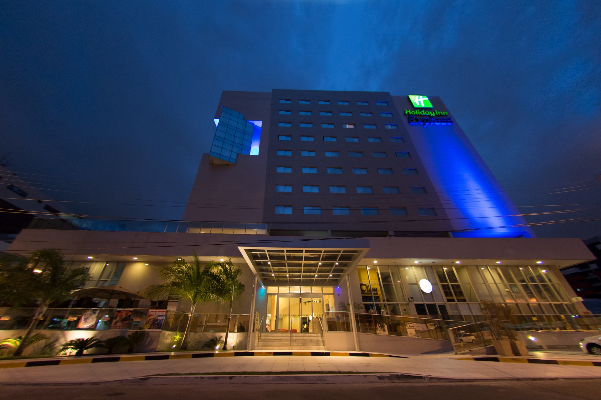 hotel holiday inn express maceio ponta verde